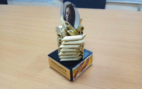 Ольге Глацких вручили статуэтку анти-премии «Золотые макарошки-2018»