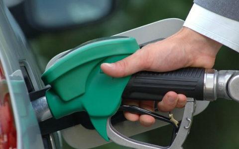 Правительство обязано остановить рост цен на автомобильное топливо